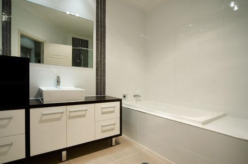 milton-street-house-bathroom